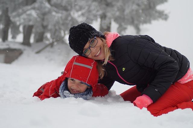 hry ve sněhu