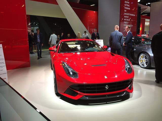 Ferrari v autosalonu