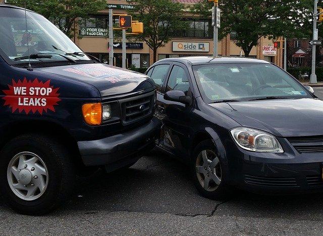 lehká nehoda