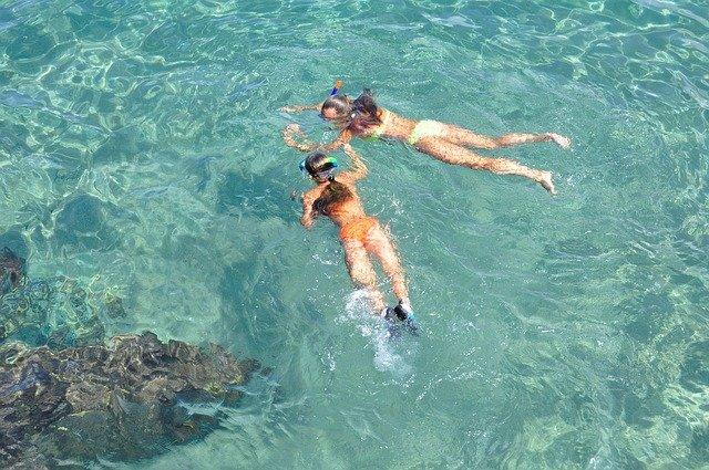 šnorchlování v moři