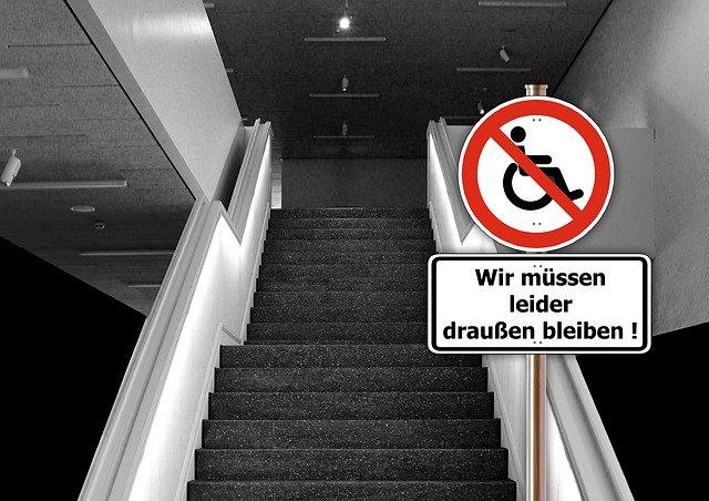 překážka na schodech