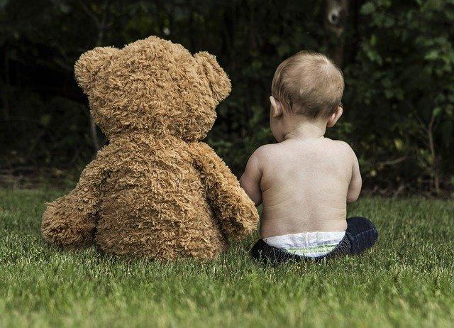 batole s medvědem