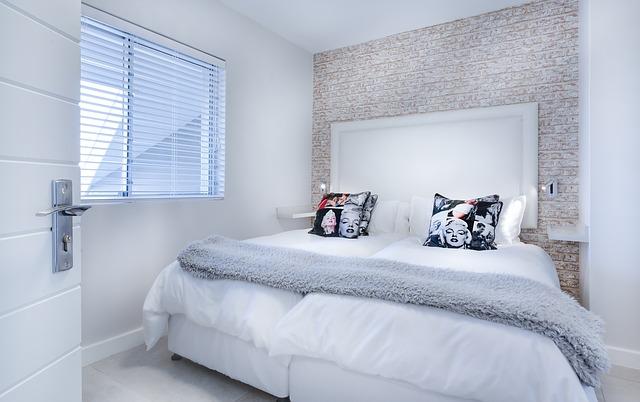 Bílé postele