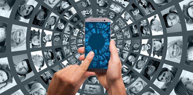 Proč jsou dnes lidé raději on-line než off-line?