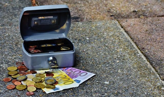 Peníze pro splácení