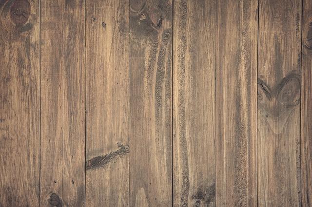 podlaha ze dřeva