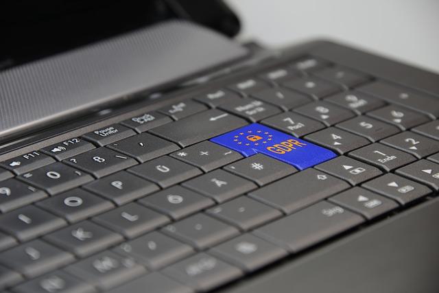 notebook s logem EU