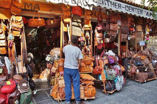 Obchod s koženými kabelkami